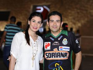 11042016 Paty y Luis Mario.