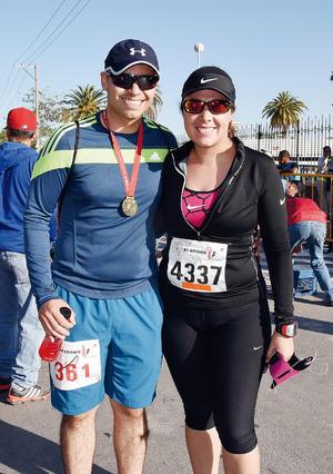 10042016 CORREDORES.  Armando y Liliana.