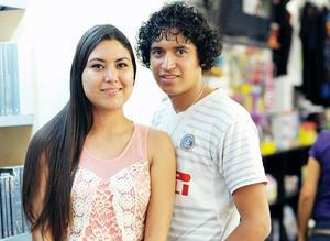 13042016 EN PAREJA.  Estefanía y Miguel.