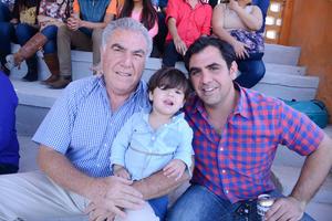 15042016 Omar, Aracely y Omar.
