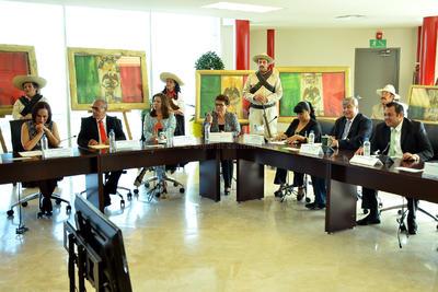 El Cabildo conmemoró así también el 102 Aniversario de la Toma de Torreón.
