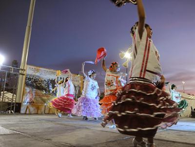 Se contó con la participación de la Compañía de Danza Folclórica Nahucalli.