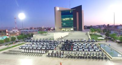 Según Riquelme, este año se adquirirán 15 camionetas y carros más, de acuerdo con lo autorizado por el Fondo de Seguridad.