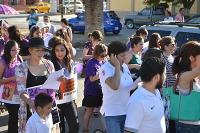 Las manifestantes gritaron consignas contra la cultura del abuso a las mujeres.