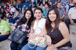 20042016 Fernanda, Ana Sofía y Valeria.