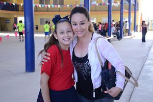 22042016 Renata y Kathilia.