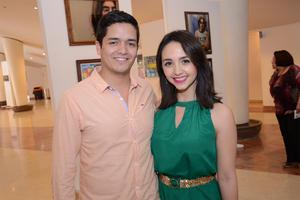 22042016 EN EVENTO CULTURAL.  Ricardo y Esmeralda.