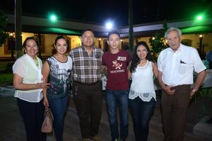 27042016 Mary, Cony, Rafael, Rafa, Mariana e Isidoro.