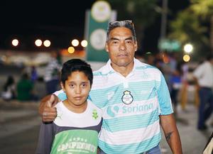28042016 SANTISTAS.  Omar y Armando.