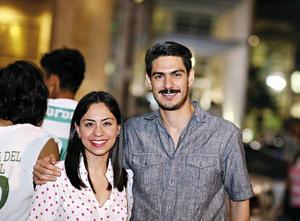 28042016 EN PAREJA.  Daniela y José Ángel.