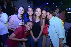 29042016 SE DIVIERTEN.  Neima, Maribel, Ana, Gabriela, Martha y Alejandra.
