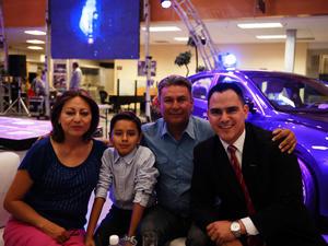 Ruth, Emiliano, Jorge y Miguel