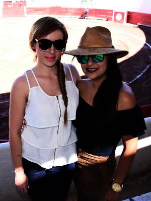 Alejandra y Karla