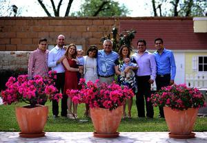 Esteban, Juan, Luisa, Juan Pablo, Julia, Javier, Marijose, Fabián, Fabián jr. y Javier