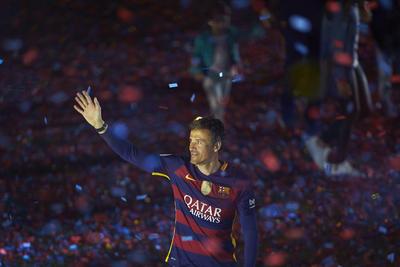 Las mayores ovaciones se las llevaron el técnico, Luis Enrique Martínez, un auténtico ídolo para el barcelonismo, y los jugadores Gerard Piqué, Neymar da Silva y Andrés Iniesta.