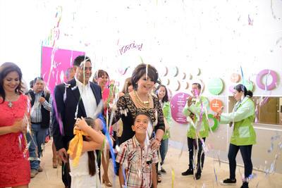El gobernador y su esposa recorrieron las instalaciones del Museo Acertijo, que fue inaugurado al 80 por ciento de su funcionalidad.