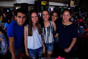 Carlos, Isabel, Bárbara, Caro y Sara