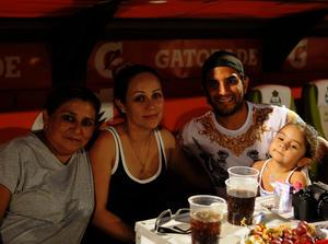Laurel, Yarina, Martín y Mía