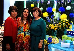 Las organizadoras de este festejo fueron Silvia de Medina, Julia María de Ayup y Silvia de Garibay