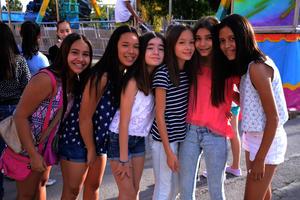 Ana, Sara, Jimena, Pame, Ángela y Silvana