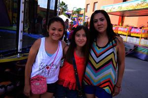 Dariela, Marifer y Gloria
