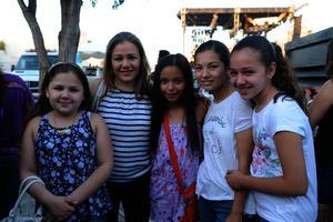 Marijose, Ana Cris, Zambra, Valeria e Isabella