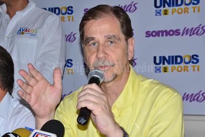 Agustín Basave, dirigente nacional del PRD, mencionó que sostuvo una reunión con Renato Sales para verificar que las elecciones en Durango se realicen con seguridad.