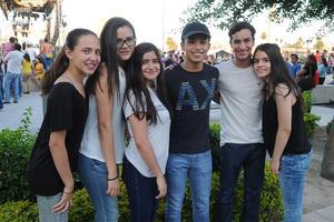 Ilse, Daniela, Maryfer, Luis Jorge, Diego y Adriana