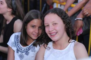 Victoria y Paulina