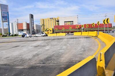 Se abrió esta nueva vialidad debido a que cerrarán el retorno debajo del paso superior Periférico-Villa Florida, donde se trabaja en la demolición de la losa lado norte.