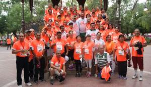 22052016 PARTICIPAN EN LA 12K SNTE.  Maestros jubilados de Gómez Palacio, Durango.