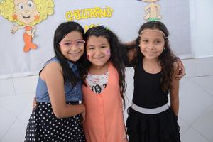 05052016 Cynthia, Valeria y Ana.