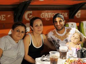 07052016 Laurel, Yarina, Martín y Mía.
