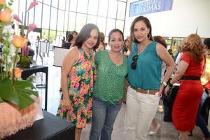 27052016 Sandra, Fernanda y Marichelo.