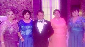29052016 Juan Antonio Velázquez Saldaña, Juan Antonio Velázquez Castañeda y Norma Marina Saldaña Ramírez.