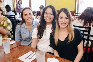 15052016 Mary, Karina y Adriana.