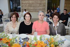 11052016 Gaby, Isabel, Leticia y Lorena.
