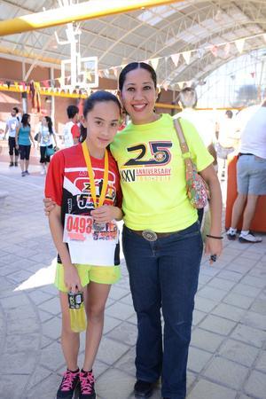 29052016 CARRERA DEPORTIVA.  Mariangel y Vanessa.