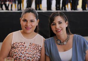 27052016 AMIGAS.  Maru y Alejandra.