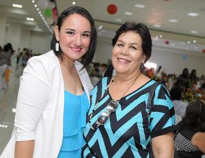 29052016 EN RECIENTE EVENTO.  Rocío y Mariana.