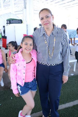 10052016 Melissa y Mónica.