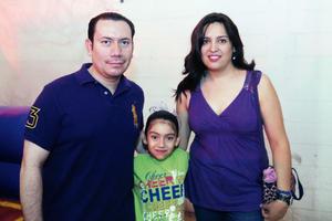 09052016 EN FAMILIA.  Jaime, Salma y Claudia.