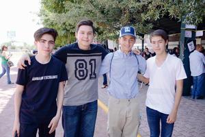 24052016 AMIGOS.  Memo, Héctor, Antonio y Alejandro.