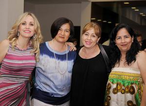 22052016 FESTEJAN SU DíA.  Berenice, Lourdes, Claudia y Luzma.