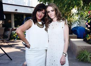 04052016 AMIGAS.  Ana Cecilia y Brenda.