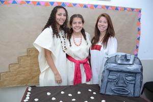 25052016 Daniela, Clara y Nancy.