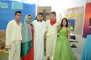 25052016 Eduardo, Mayela, Osvaldo, Johan y Frida.