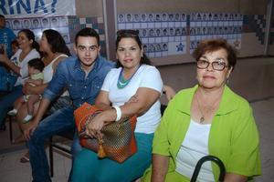 24052016 Luis Adán, Aurora y Elizabeth.
