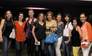 22052016 DISFRUTAN DE FESTEJO.  Claudia, Pily, Nora, Mayte, Jackie, Gaby, Carmina, Liliana y Nury.