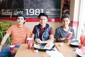 01052016 Miguel, Charly y Uziel.